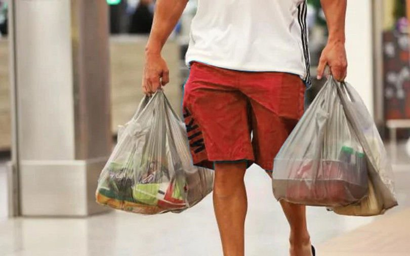 Thai retailers start plastic bag ban. What are you doing to help? | The Thaiger