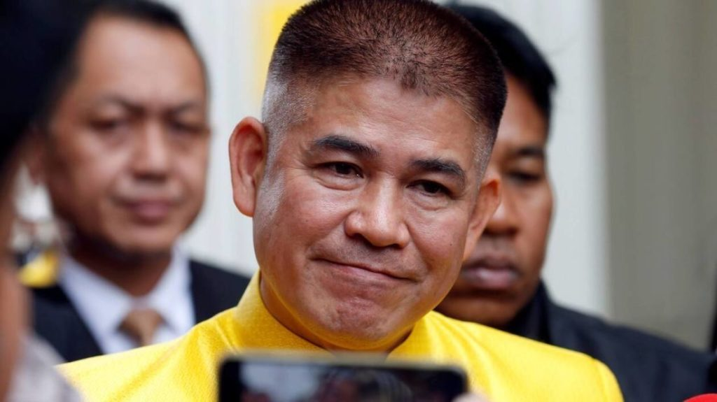 """Thai minister Thammanat Prompao tells parliament he """"never pled guilty"""" or """"served time"""" over heroin drug charges 