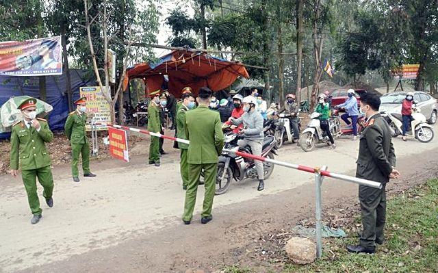 """Cận cảnh hình ảnh """"tâm dịch"""" bị cách ly tại huyện Bình Xuyên, Vĩnh Phúc   News by Thaiger"""