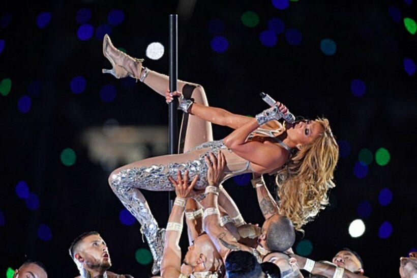 Shakira và Jennifer Lopez giúp ratings của Super Bowl 2020 tăng vọt   News by Thaiger