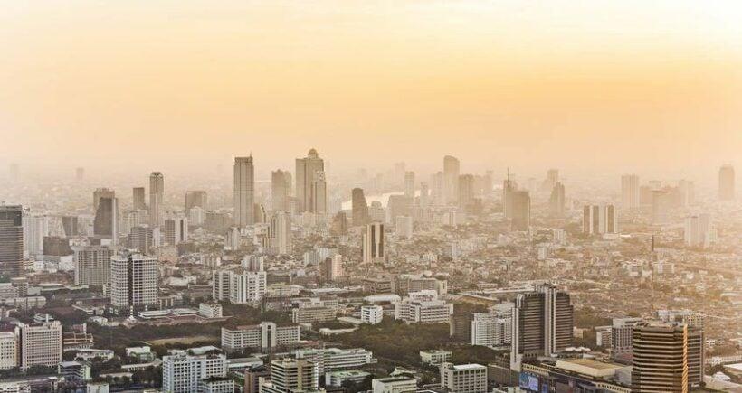 Bangkok, Chiang Mai and Chiang Rai – all suffering choking smog today | Thaiger
