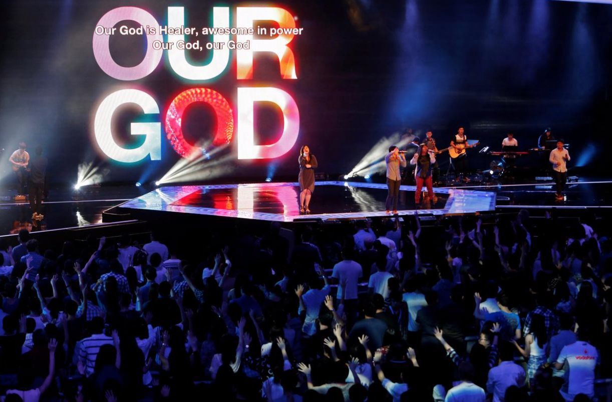 Singapore megachurch suspends services, goes online | Thaiger