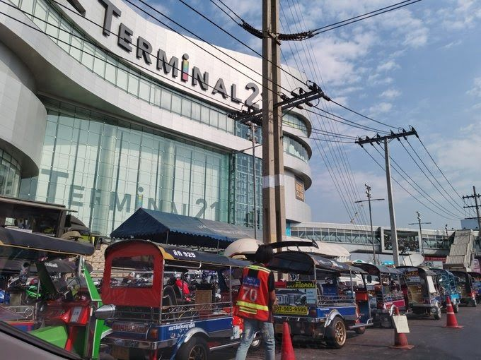 Terminal 21 Korat, scene of mass shooting, reopens with prayers | News by Thaiger