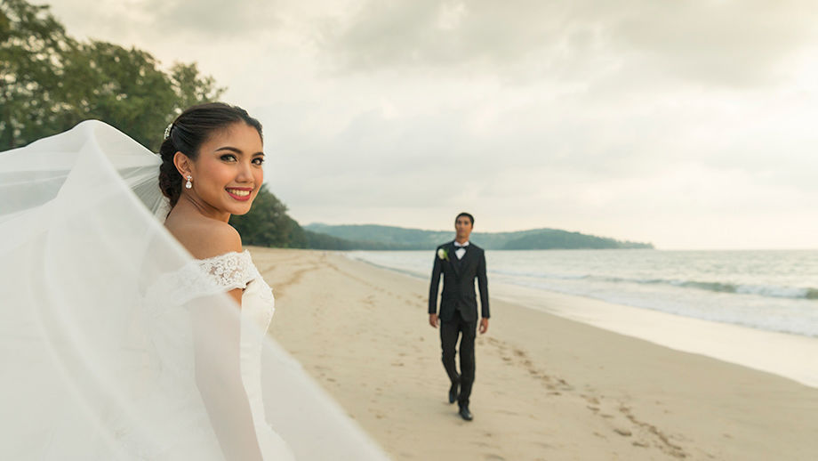 More than 200 couples exchange vows on Valentine's Day 2020 in Phuket | Thaiger