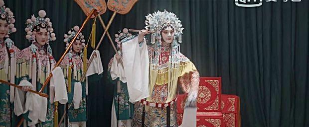 """Diễn xuất của Doãn Chính được ca ngợi hết lời trong """"Bên Tóc Mai Không Phải Hải Đường Hồng""""   News by Thaiger"""