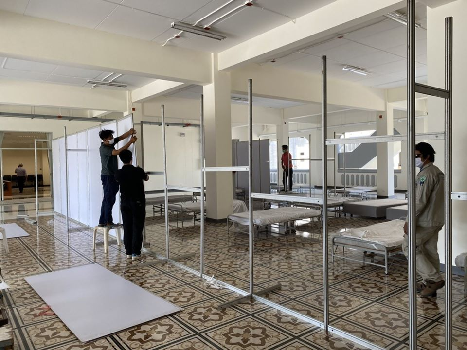 New Phuket city hall gets makeover as emergency Covid-19 hospital | News by Thaiger
