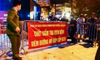 Hà Nội: Người dân phố Trúc Bạch mừng như Tết ngày dỡ cách ly | The Thaiger