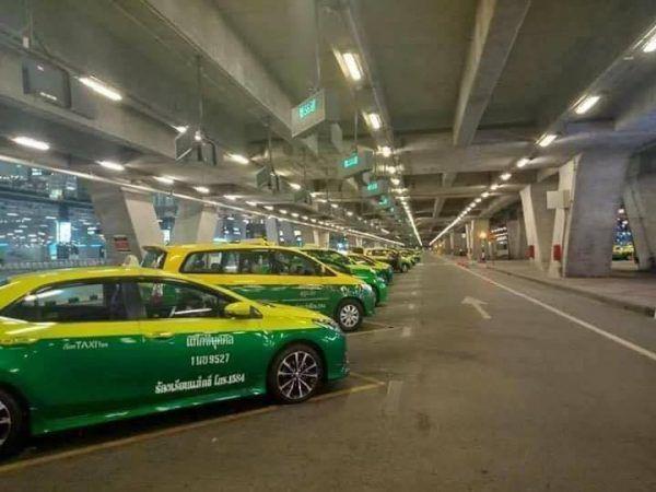 """Where is everyone?"" - Suvarnabhumi airport deserted on Saturday night | News by Thaiger"