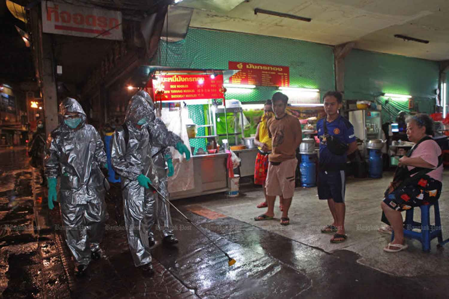 Day and night - Bangkok deep cleaning phase | News by Thaiger