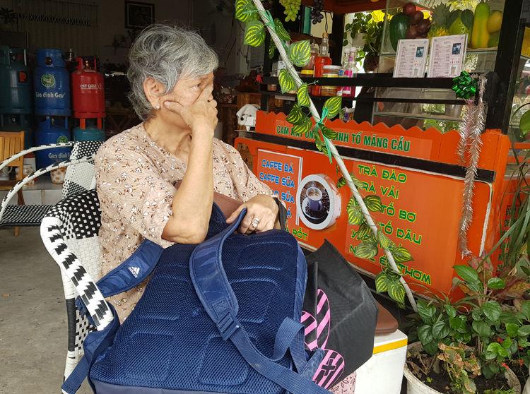 TP. HCM: Cháy xưởng kính khiến người dân hoảng loạn | News by Thaiger