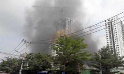 TP. HCM: Cháy xưởng kính khiến người dân hoảng loạn | Thaiger