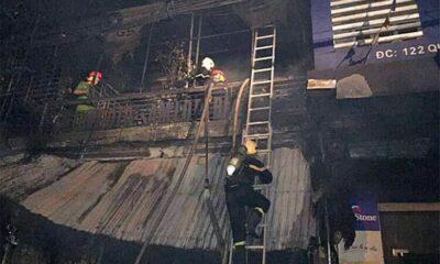 Hà Tĩnh: Cửa hàng cháy lớn khiến hai người chết | The Thaiger