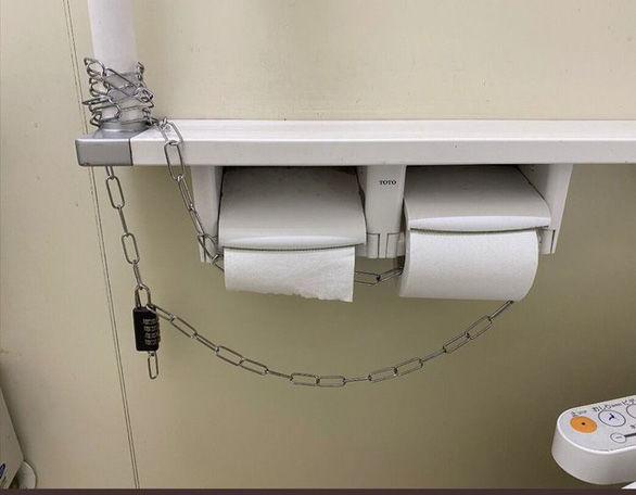 Giấy vệ sinh có tác dụng gì mà người dân đổ xô đi mua chống dịch Covid-19?   News by Thaiger
