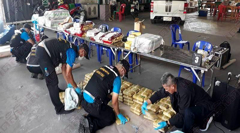 Ayutthaya mother and son drug gang, police seize 5 million meth pills | Thaiger