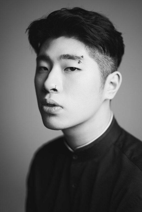 Nam ca sĩ vô danh OVAN 'đánh gục' BTS, IU, Zico bị cáo buộc gian lận | News by Thaiger