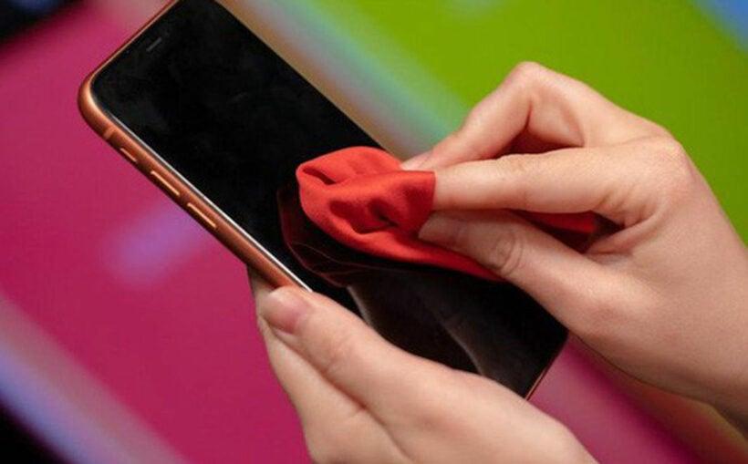 Cách vệ sinh điện thoại phòng tránh nhiễm virus corona | Thaiger