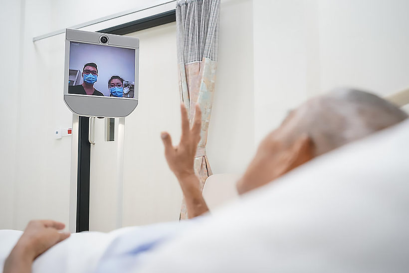 Singapore coronavirus patients to have their meals, medicine delivered by robot | Thaiger