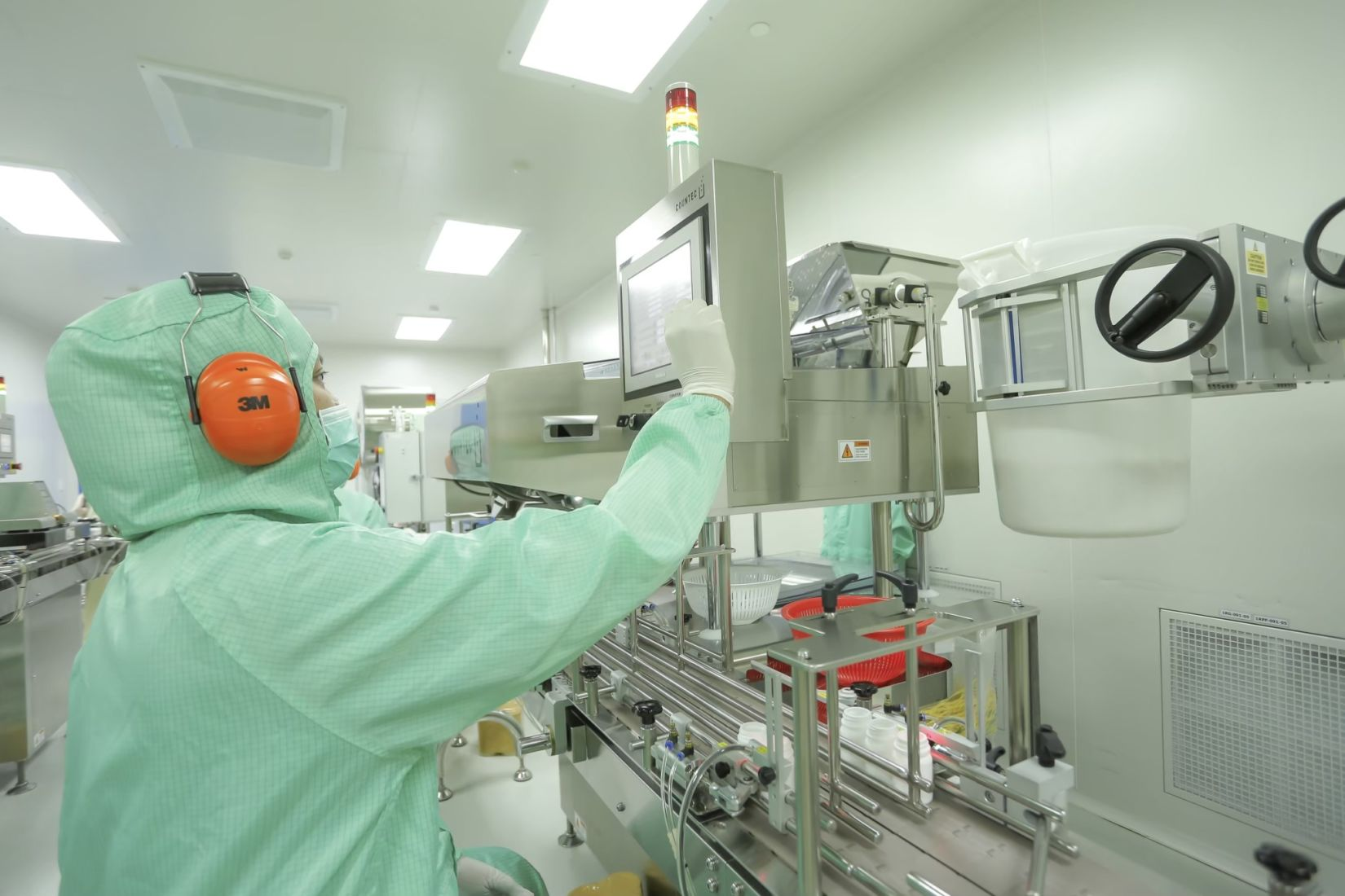 Thai Government pharmaceutical organisation boosts production of key medicines | Thaiger
