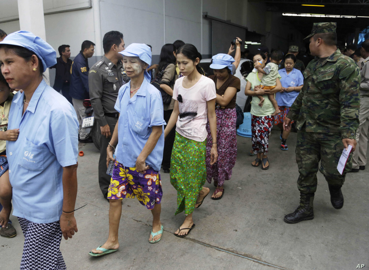 Migrant workers in Thailand can now stay until November 30 | Thaiger