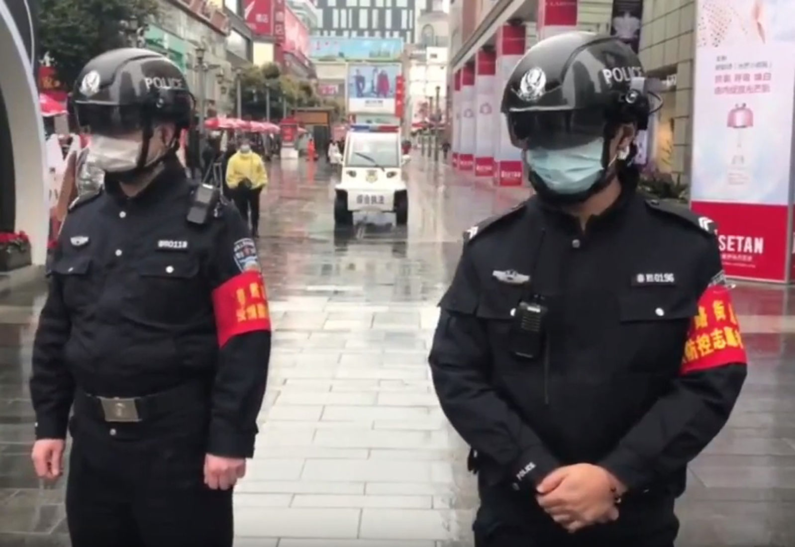'Smart helmets' for Chinese epidemic prevention officers | Thaiger