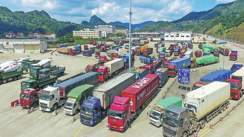 China opens 2 more border points to allow transport of Thai fruits | News by Thaiger