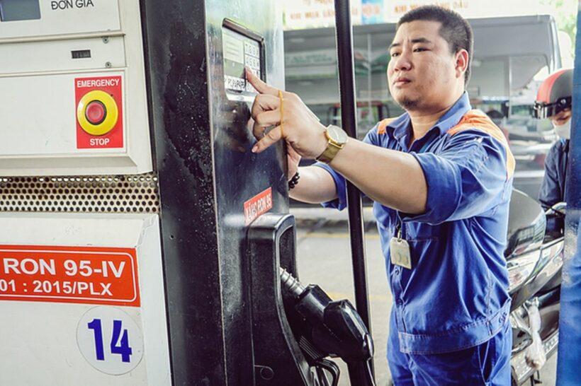 Ngày mai giá xăng có thể giảm mạnh | Thaiger