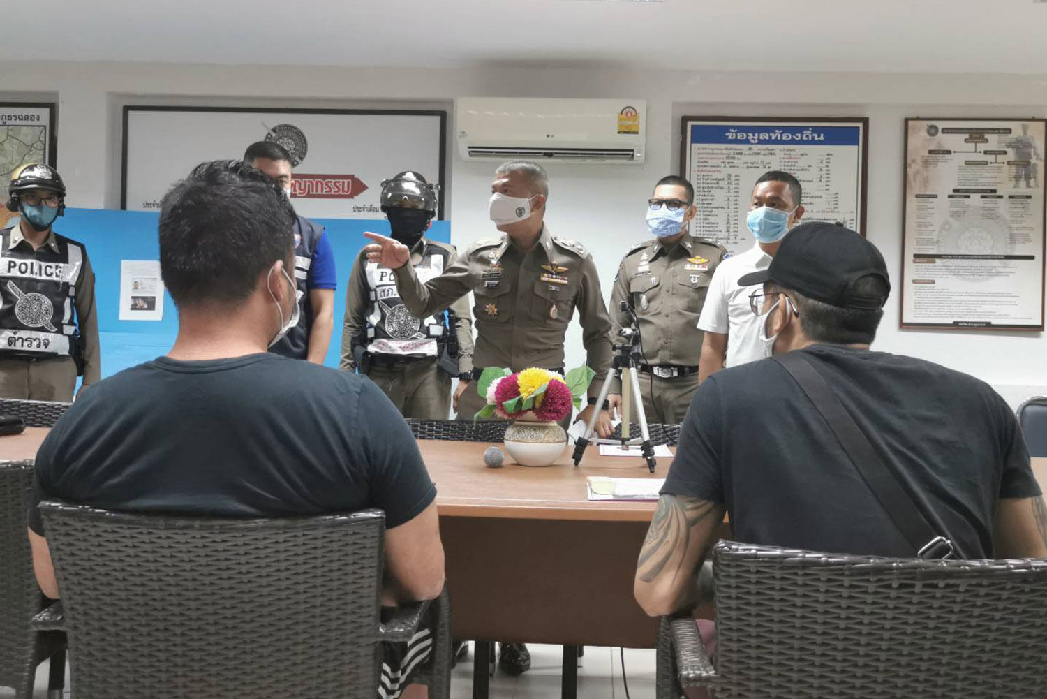 Four arrested for shooting videos at Phuket Zoo and soliciting donations | News by Thaiger