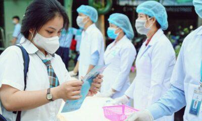 Học sinh đi học lại sau cách ly xã hội: Phòng chống Covid-19 trong trường học | The Thaiger