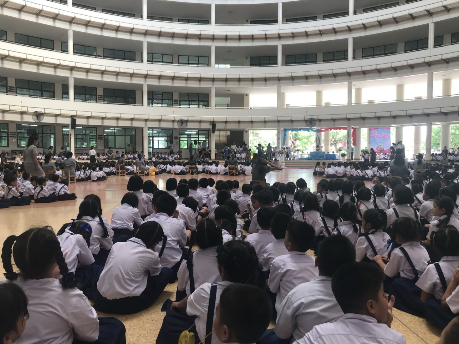 Students to wear mask, get temperature checked at school   The Thaiger