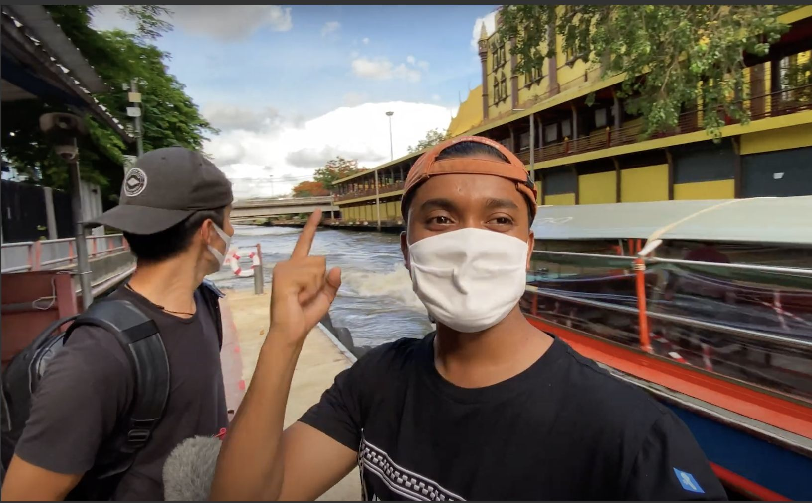 Travelling Bangkok's klongs with Manit | The Thaiger