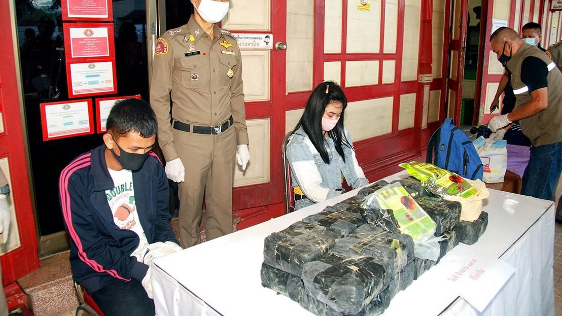 19 kilograms of crystal meth, valued around 10 million baht, seized on Thai train | The Thaiger