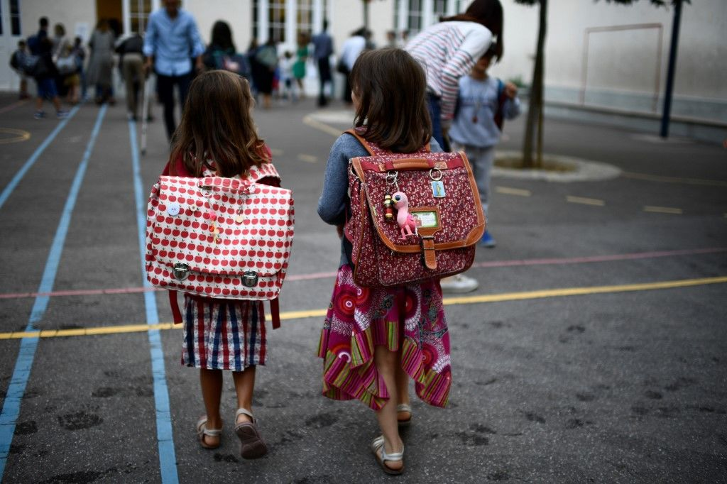 Schools in France reopen with new hygiene measures | The Thaiger