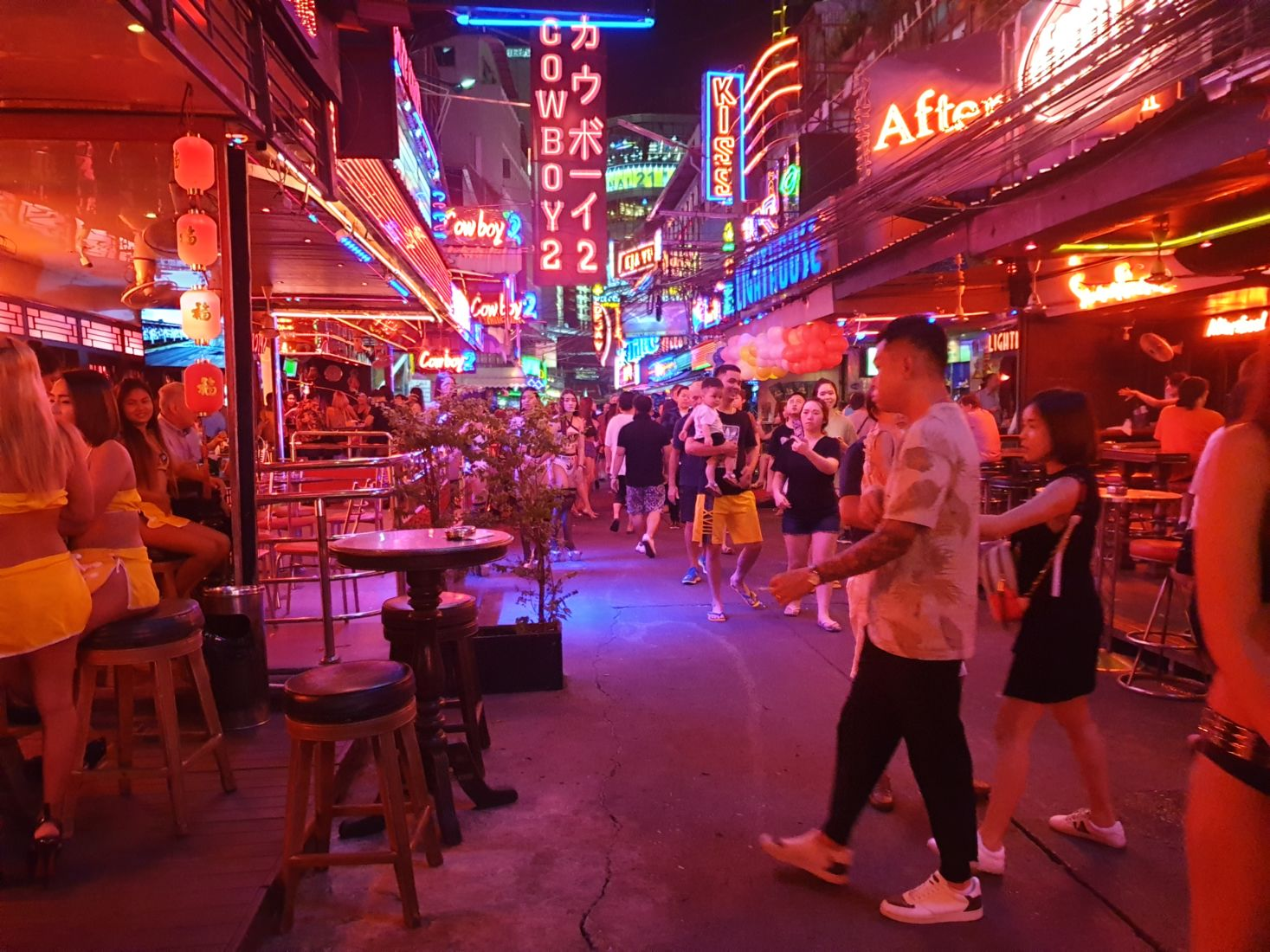 Bars and clubs can re-open soon, but with a list of 22 requirements   The Thaiger