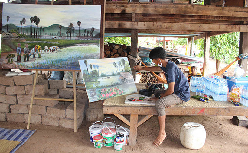 Thai teenager dreams of being an architect, sells his artwork to earn tuition fees | The Thaiger