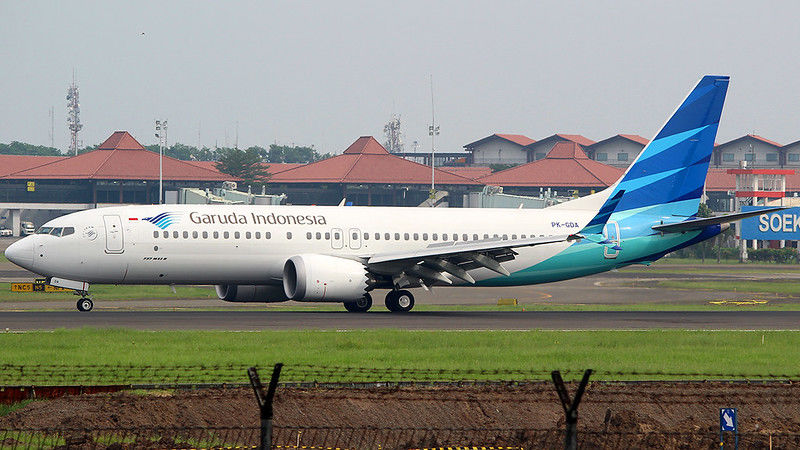 Garuda Airlines cabin crew to abandon face masks following complaints | The Thaiger
