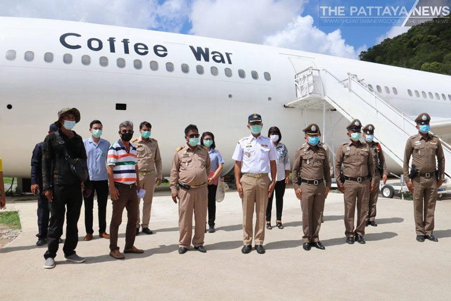 Chon Buri coffee shop in a converted aircraft ordered to close temporarily – VIDEO | The Thaiger