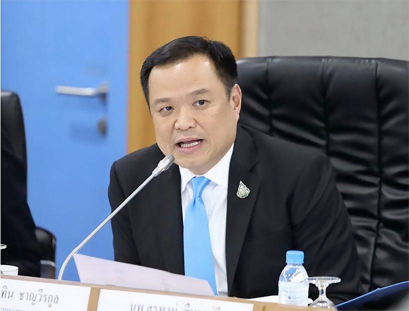 Health minister promises hospital graft investigation | The Thaiger