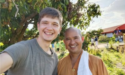 Stranded Russian and friends help monk build houses in Chiang Mai – VIDEO | Thaiger