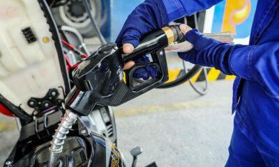 Chiều nay giá xăng dầu tăng mạnh: Gần 900 đồng/lít! | Thaiger