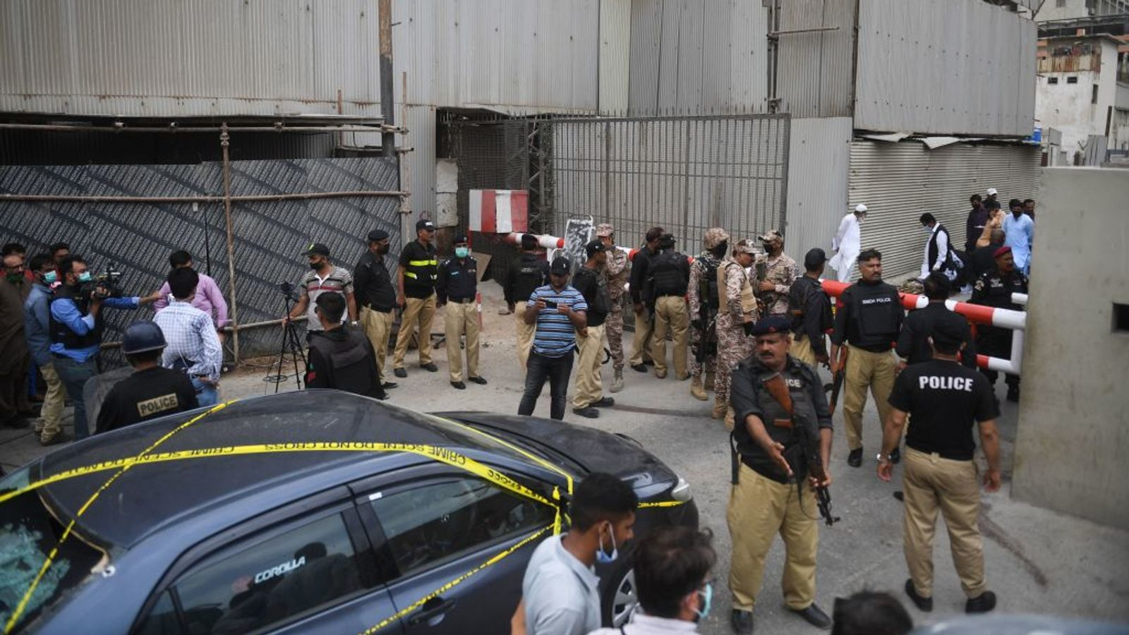 Gunmen attack Pakistan stock exchange | The Thaiger