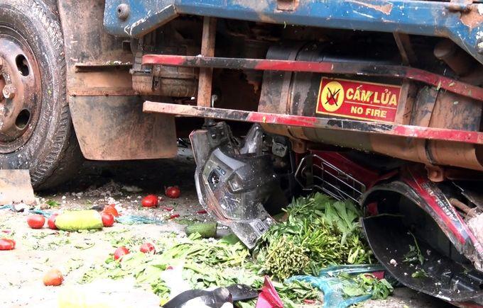 Đắk Nông: Khởi tố vụ ô tô tải đâm liên hoàn làm chết 5 phụ nữ trước chợ   News by Thaiger