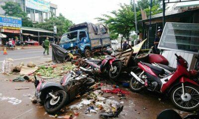 Đắk Nông: Khởi tố vụ ô tô tải đâm liên hoàn làm chết 5 phụ nữ trước chợ | The Thaiger