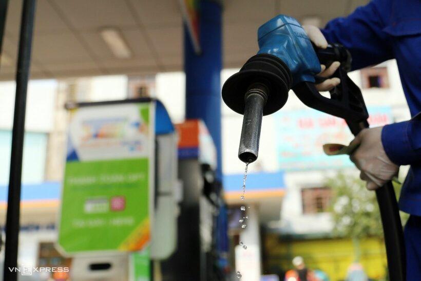 Giá xăng dầu dự kiến lại tăng mạnh | The Thaiger
