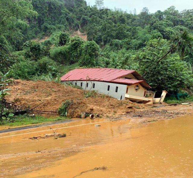 Mưa lũ hãi hùng tại Hà Giang cuốn 2 mẹ con thiệt mạng, tổng 5 người tử vong   News by Thaiger