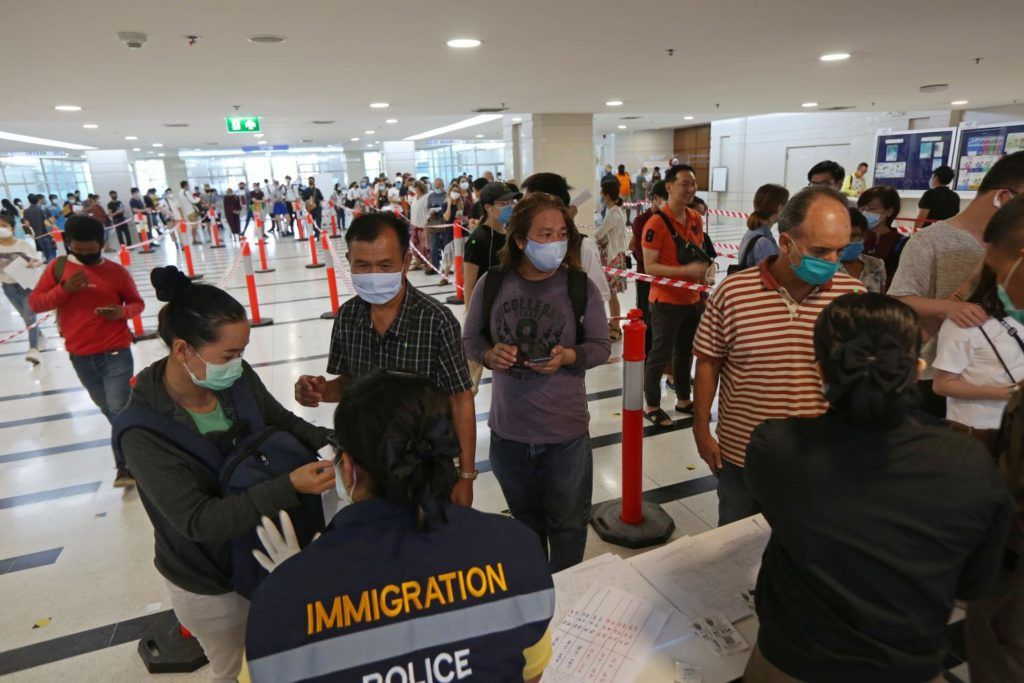 What will happen to foreigners with expired visas after July 31? | Thaiger
