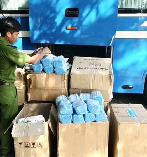 Hà Tĩnh: Bắt ô tô vận chuyển 72.000 khẩu trang y tế và gần 200 cá thể động vật không rõ nguồn gốc | Thaiger