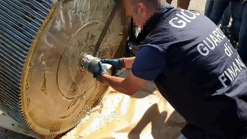 Italian police seize 14 tonnes of amphetamine valued at 1 billion euros | The Thaiger