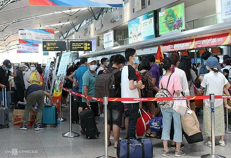Vietnam evacuates 80,000 following 3 new Covid-19 cases in Da Nang | Thaiger
