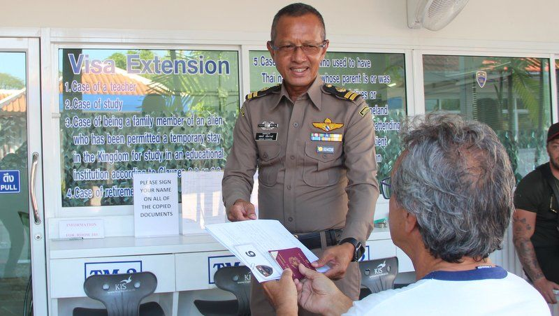 """Let us stay – Why can't Thai Immigration extend our visas?"" 