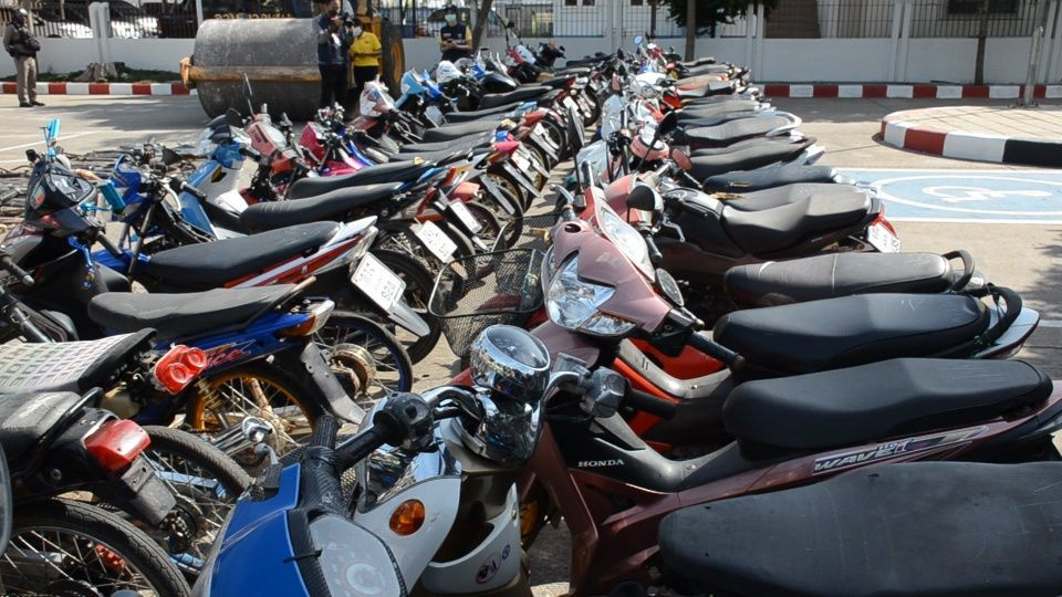 Over 1,400 arrested, fined for illegal motorbike races in Udon Thani | News by The Thaiger